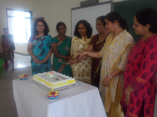 Teachers Day Celebration Birthday Cake