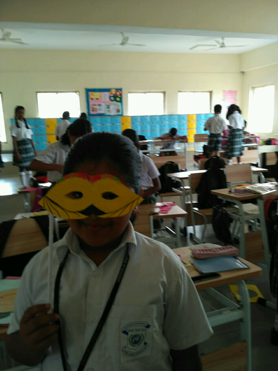 mask-making-competition-at-VSE3